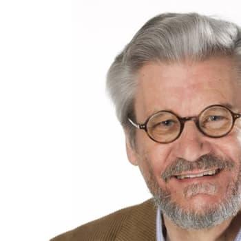 """Toimittaja Hannu Reime kertoo 60 vuotta sitten kuolleesta brittiläisestä matemaatikosta, joka tietokoneen """"isänä"""""""