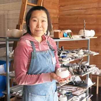 YLE Lappi: Korealainen loi makkaraa paistavan karhun Posiolla