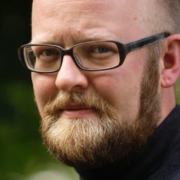 Viikon kirja: Tietokirjailija Ville Kivimäki ja Nadja Nowak keskustelevat teoksesta Murtuneet mielet