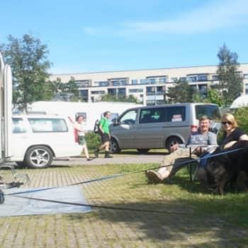 YleX Etusivu: Karavaanarit reissussa: aina ei jaksa puhua naapurien kanssa