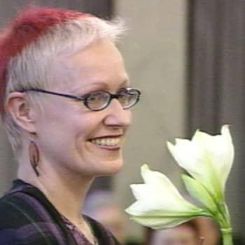 Taiteilijaelämää: Kirjailija Johanna Sinisalo