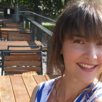 Satumaa audiot: Regina taltioi nuoruuden tunnelmia ja hetkiä indie-kappaleiksi