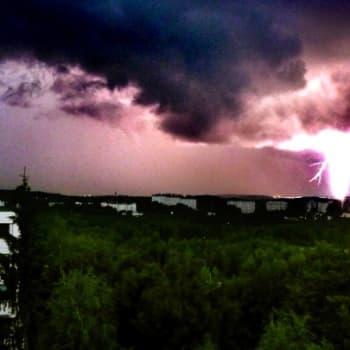 Teemaillat: Sääilta 1.6.2011