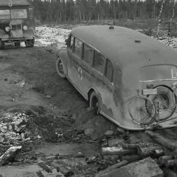 Jäämerentien autokuskit kertovat