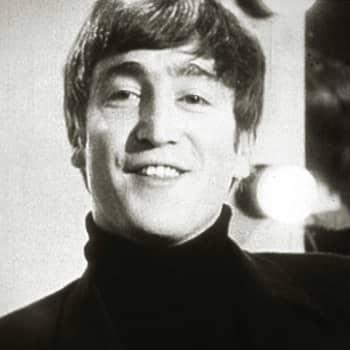 Hilkka Kantelinen haastattelee Lennonia