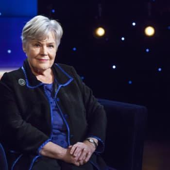 Ministern och veteranpolitikern Elisabeth Rehns rikspolitiska karriär avgjordes av nitton röster