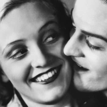 Kaikki rakastavat (1935)