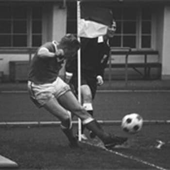 Suomen - Puolan jalkapallomaaottelu (1957)