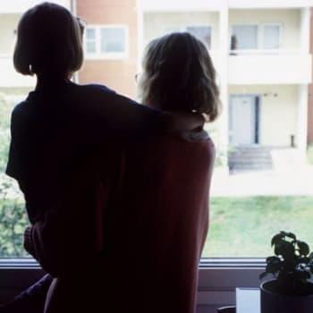 Tutkimus: Vertaistuki auttaa lapsiperheitä