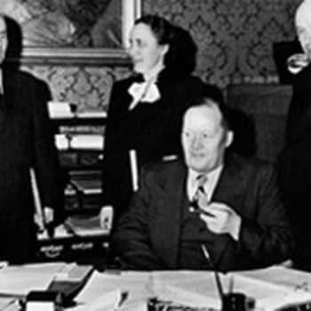 Rauhansopimuksemme asiakirjat talletettu Moskovan Kremliin. Pääministeri Mauno Pekkalan puhe (1947)