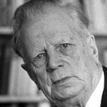 Pasifisti puolustusministerinä. Opetusneuvos Yrjö Kallinen muistelee (1965)