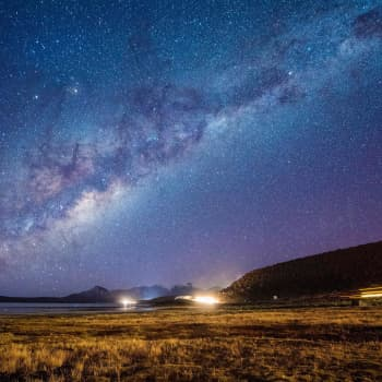 James Peebles ahersi vuosikymmeniä ja selitti galaksien syntyä maailmankaikkeuteen – palkittiin viimein Nobelilla