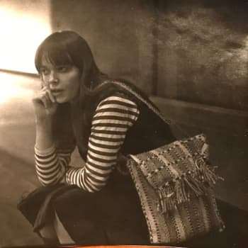 Kuusi kuvaa kirjailija Kati Tervon elämästä