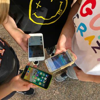 Allt fler efterlyser hjälp i vardagen på sociala medier – permitteringar sätter familjer i ekonomisk knipa