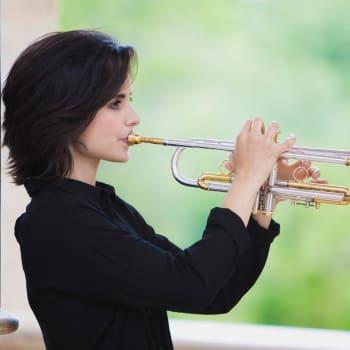 Kansainvälisen jazzin päivän ilta: Andrea Motis Quintet (ESP) Grafingin Stadthallessa Saksassa