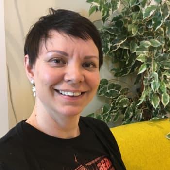 Kati Eriksen: Juoiggastit-prošeavttas fállagohtet musihkkaoahpahusa mánáide ja nuoraide rájáid rastá