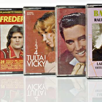 Soitetut levyt SWEET Ballroom blitz ALVIN STARDUST Come on DANNY Kauan FLEETWOOD MAC Albatross HURRIGANES Oh baby