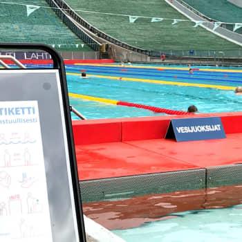 Uimakoulut alkavat tavanomaista myöhemmin ja pienemmissä ryhmissä - kolmannes suomalaisista ei osaa uida