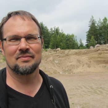 Esko Vuorinen har gått igenom Hangös skogar på jakt efter mjukare skötselåtgärder