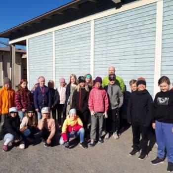 Efter en vecka av närstudier är humöret på topp i Bonäs-Vestersundsby skola i Jakobstad