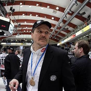 """Kai Suikkanen TPS:n 10 vuoden takaisen mestaruuden lähtökohdista: """"Jätkät sanoi että kaatopaikallakin joku lokki vi***ilee"""""""
