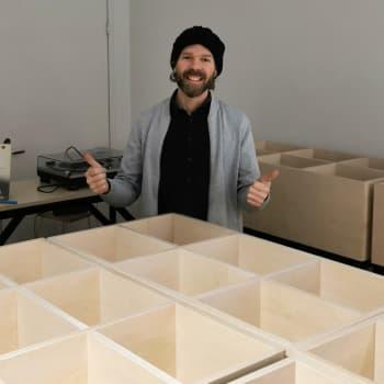 Vinyylin myynti ohittamassa CD:n – kivijalkalevykaupan Turkuun perustava DJ Felix Manell uskoo vinyylin tulevaisuuteen