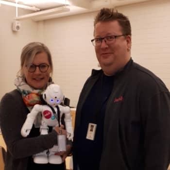 Viitasaaren keksintöjen viikolla esitellään robotiikkaa - ja sitä, millaista apua siitä on maaseudun asukkaille ja yrittäjille