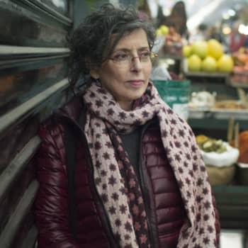 """Bokrecension: Eva Odrischinsky """"Som alla andra. Min judiska familj och jag"""""""