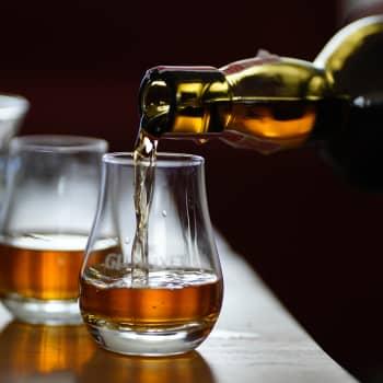 Miltä maistuu koodattu viski? Onko makuasioiden robotisointi luovuuden alku vai aitouden loppu?