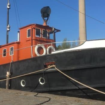 90-vuotias höyrylaiva Näsijärvi II on talkooporukan hienimijä ja silmäterä