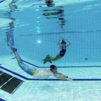 Uintia merenneidon pyrstön avulla