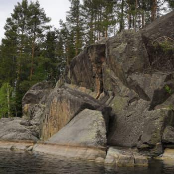 Lennart Synt ihailee järviä ja kallioita