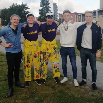 """Teekkarikulttuuria vaalitaan Hervannassa - lukuvuosi käynnistyi osana uutta korkeakouluyhteisöä: """"Lupaavalta vaikuttaa"""""""