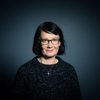 Leena Vilkka: Jäähyväiset sudelle – tervetuloa metsän koira!