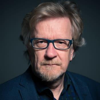 Kari Enqvist: Miksi me olemme maailman onnellisin kansa ja kuitenkin samaan aikaan pelkäämme tulevaisuutta?