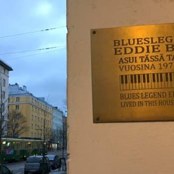 Suomalaisen bluesin tarina pääsi paksujen kansien väliin
