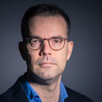 Taneli Heikka: Digitaalisuus pakottaa ihmisen hallinnon orjaksi