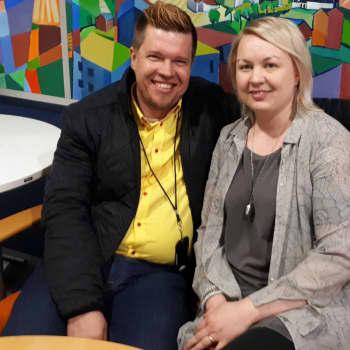 """Radio Suomi Kuopio: Mari ja Jouni Korhonen: """"Luottamus toisiinsa ja usko rauhanturvaamisen on vahva kuin peruskallio"""""""