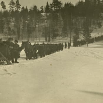 """Sisällissota 1918 - punaiset muistot: """"Kaikki ei osanneet edes asetta käyttää"""" (Ilmari Roos, Lahti)"""