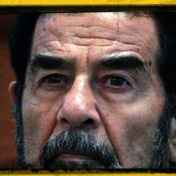 Voitelija Saddam Hussein