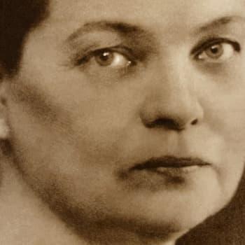 1924 Maria Jotuni ja näytelmä Tohvelisankarin rouva