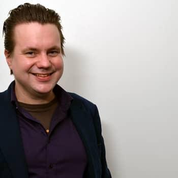Puheen Iltapäivä: Jaakko Laitinen yhdistelee orkestereineen Balkania, Lähi-itää, Turkkia ja Venäjää lappilaisin maustein