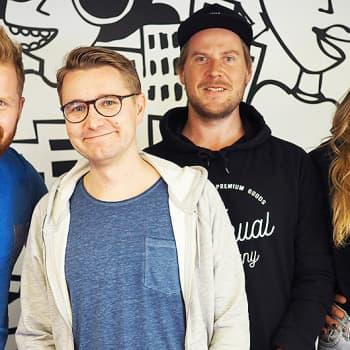 YleX Aamu: Koomikko Joonas Nordman: Lähdettiin miettimään että saisiko ajankohtaista satiiria Hjallis-hahmon ympärille