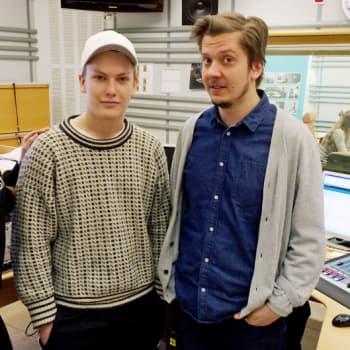 Ajantasa: Uutisluokka: Tubettaja-Tumen ja näyttelijä Eero Ritalan vinkit hyvään itseilmaisuun