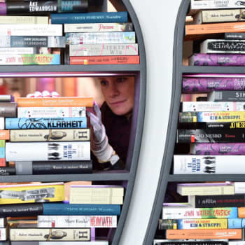 Kirjakerho: Booky ja CDON