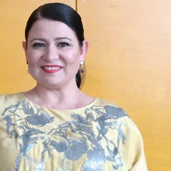 Puheen Iltapäivä: Toimittaja ja kirjailija Mirva Saukkola kaipaa suvaitsevaisuutta myös pukeutumiseen