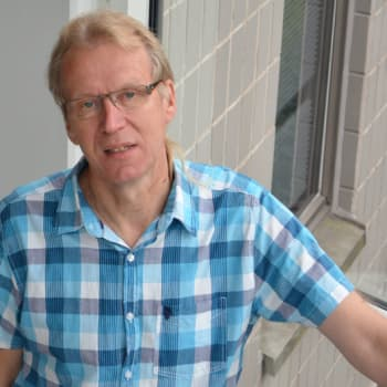 Puheen Aamu: Maalaislääkäri Kiminkinen: Tieto lisää tuskaa, mutta kuitu paskaa!