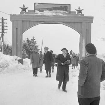 Reportaasi Porkkalan palautuksesta (1956)