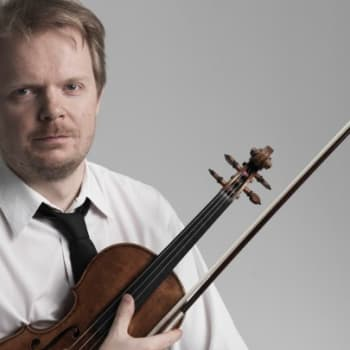 Taiteilijaelämää: Säveltäjä Jaakko Kuusisto - viulisti ei ilman käden känsiä pärjää