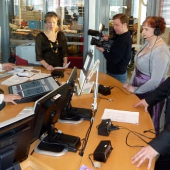 YLE Oulu: Tangomarkkinakiertue alkoi Oulusta 9.4